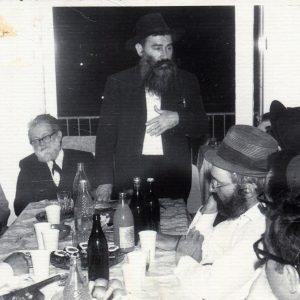 הרב פרום במסיבה לכבוד הרב זרביב תמוז תשלב